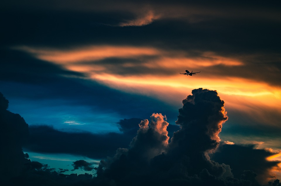 Flytur ved solnedgang