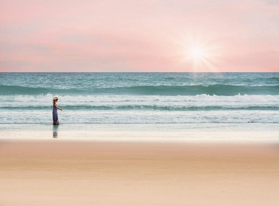 pige ved havet