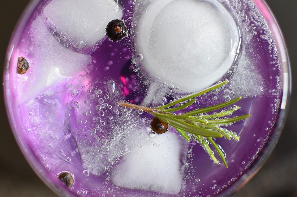 gin på havebord